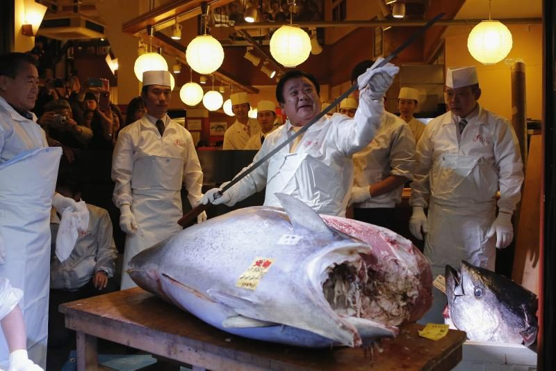 Japonijoje didžiulis tunas parduotas už rekordinę sumą