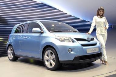 "Pristatytas ""Toyota Urban Cruiser"