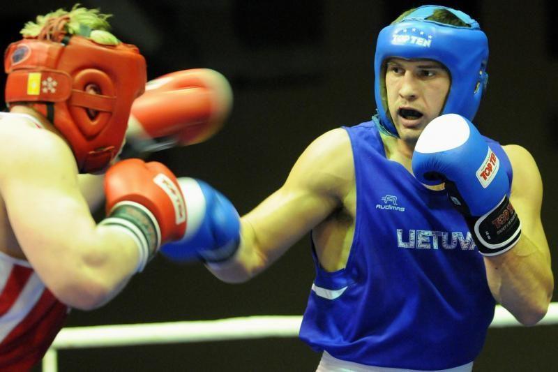 Daugirdui Šemiotui - bokso turnyro Čekijoje sidabro medalis