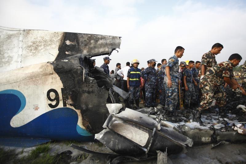 Lėktuvo katastrofoje Nepale žuvo 19 žmonių
