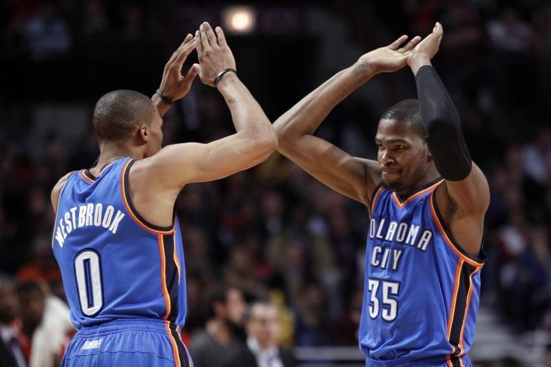 """NBA: """"Thunder"""" iškovojo 8 pergalę iš eilės, """"Lakers"""" toliau klupinėja"""