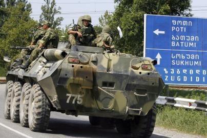 D.Medvedevas pažadėjo išvesti rusų kariuomenę