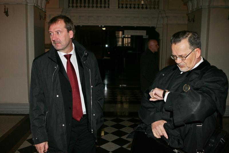V. Uspaskicho advokatas prašo kreiptis į Konstitucinį Teismą