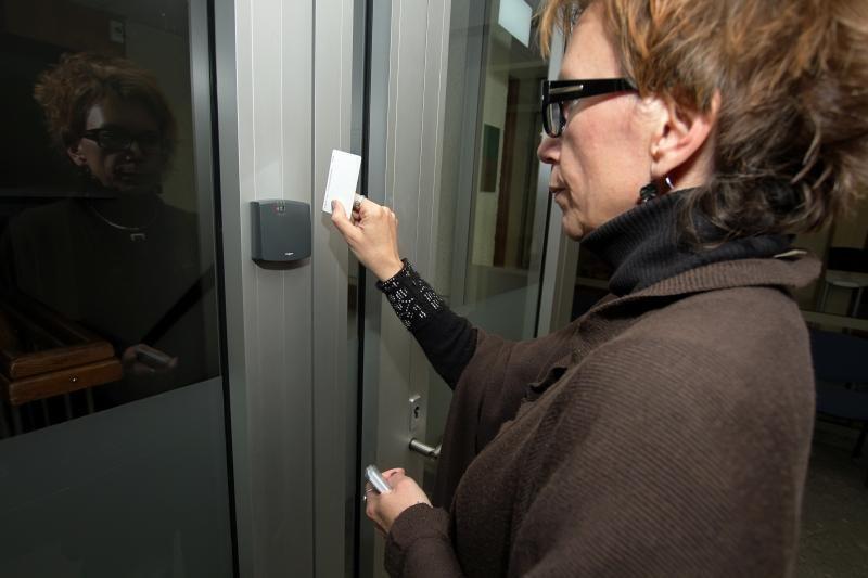 Klaipėdos valdininkai dėl žmonių nusileis į pirmą aukštą