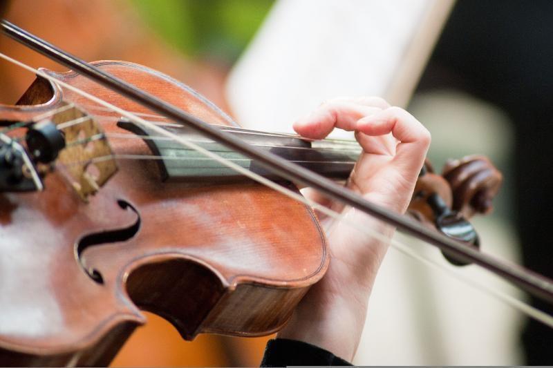Prasidėjo prestižinis J.Heifetzo smuikininkų konkursas