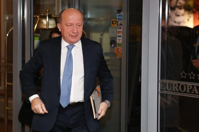 """A. Kubilius ragina A. Butkevičių neproteguoti """"Gazprom"""""""