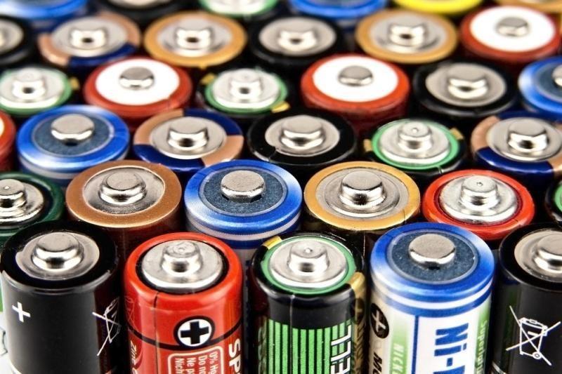 Lietuvos paštuose pernai surinkta apie pusę tonos naudotų baterijų
