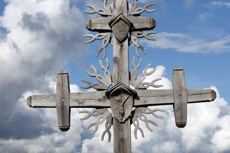 Varėnos rajone suniokota bažnyčios varpinė