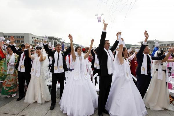 Norą tuoktis ne Santuokų rūmuose pareiškė vos 40 porų