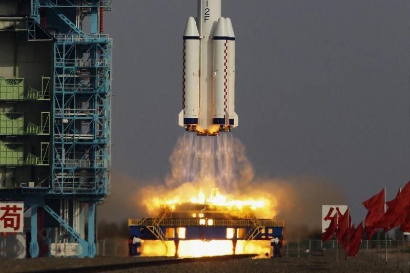 Kinijos erdvėlaivis prisijungė prie kosminės laboratorijos