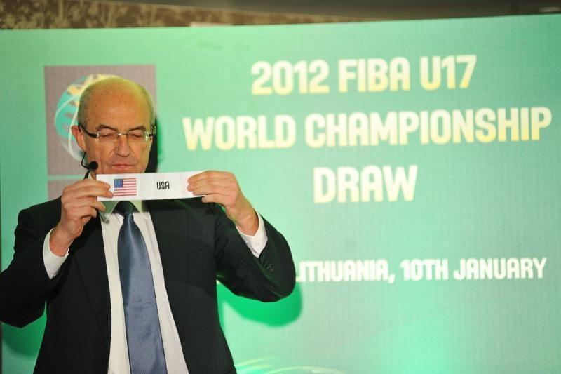 FIBA manevrai: Europos krepšinio čempionatai vyks tik kas 4 metus