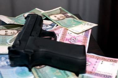 Kauno policija sulaikė 5 turto prievartautojus