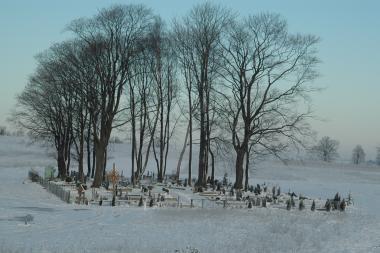 Prokuratūra: Slengių kapinėse laidoti galima