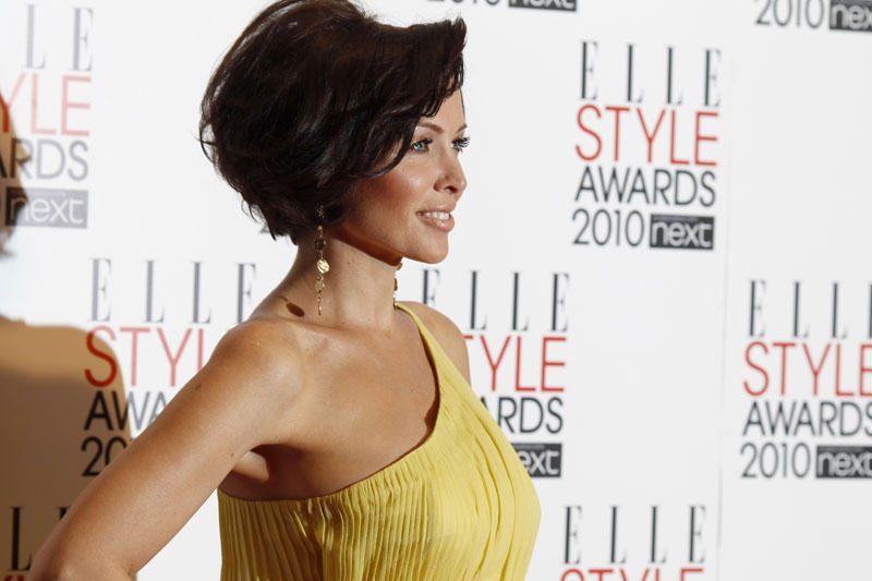Dannii Minogue patvirtino: romanas su Krisu Smithu baigėsi