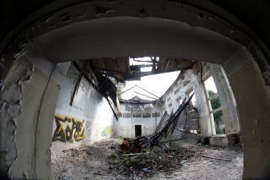 Savivaldybė žada: netvarkingi sostinės pastatai bus nugriauti dar šiemet