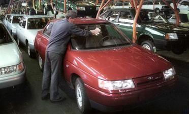 """""""Nissan"""" – dar vienas """"AvtoVAZ"""" gelbėtojas"""