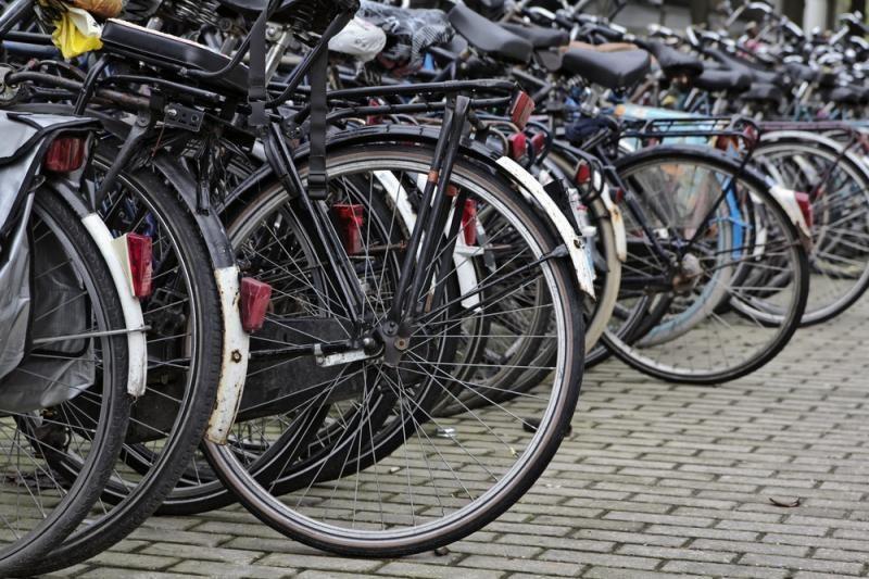 Plungėje per avariją sužalota 9 metų dviratininkė