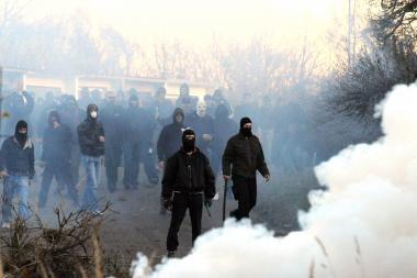 Čekijoje - kruvini radikalų ir policijos susiėmimai