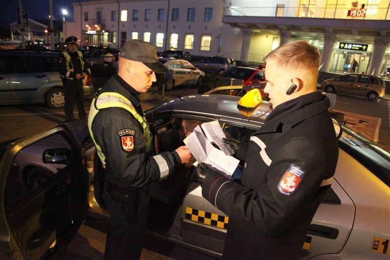 Visą mėnesį tikrins Vilniaus taksistus