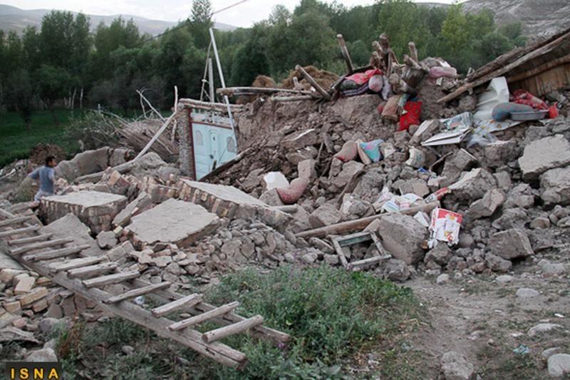 Irane žemės drebėjimų aukų skaičius padidintas iki 306