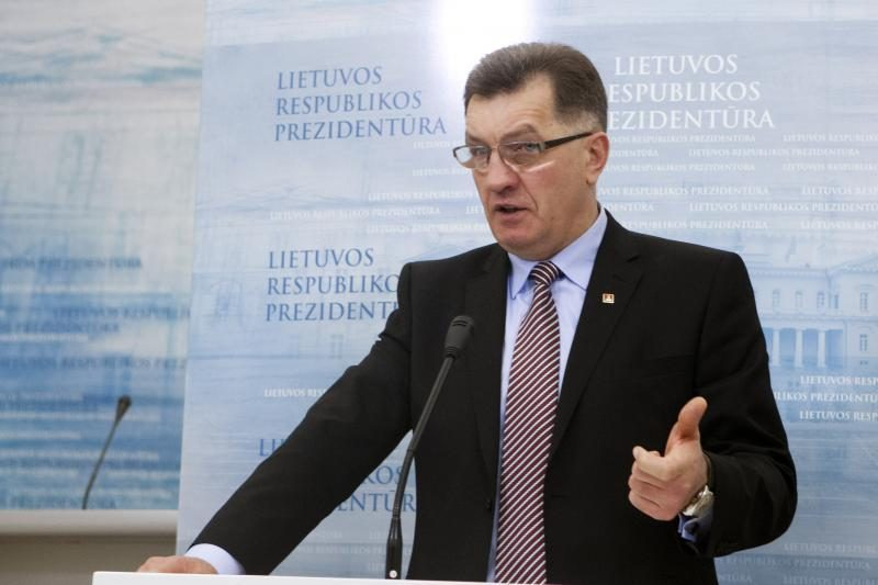 Premjeras teigia nedaręs spaudimo URM dėl tyrimo, susijusio su diplomatais