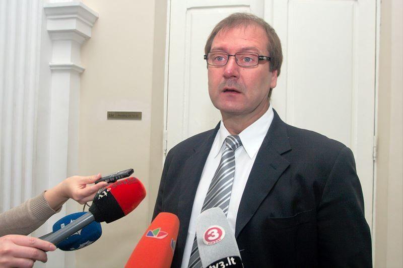 V.Uspaskichas europarlamentarams išdalino filmo apie save įrašus