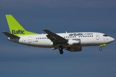 """""""airBaltic"""" pradeda vykdyti dalį skrydžių (papildyta)"""