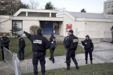 Prancūzijoje įkaitais paimta keletas vaikų (dar papildyta)