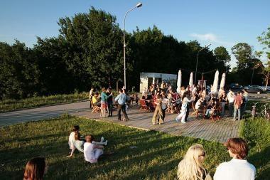 Vilniuje plinta naujas virusas - aistringi salsos vakarai