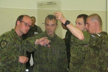 Nemenčinėje Baltijos bataliono kariai tobulina padalinių valdymo procedūras