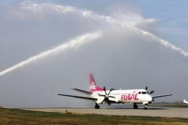 """Vengrija pasveikino """"flyLAL"""" pirmąjį skrydį"""