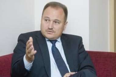 Kandidatas į Aukščiausiojo Teismo vadovus neprieštarautų tarėjų sistemai