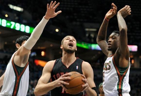 """J. Valančiūnas ir """"Raptors"""" NBA sezoną baigė gražiu akordu"""