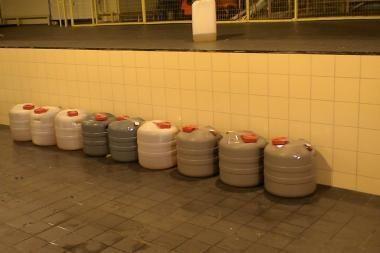 Benzino bake – 600 litrų narkotikų