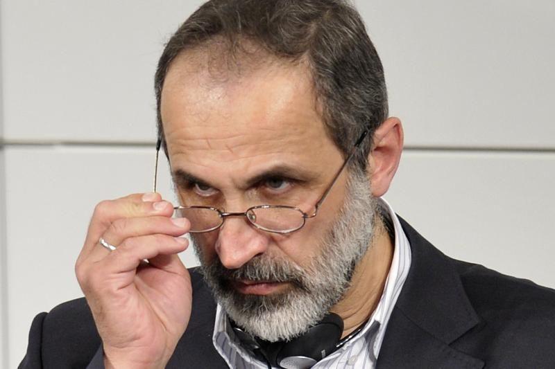 Iranas sveikina Sirijos opozicijos lyderio pasirengimą derėtis