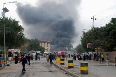 Irako sostinėje per virtinę sprogdinimų žuvo daugiau nei 100 žmonių