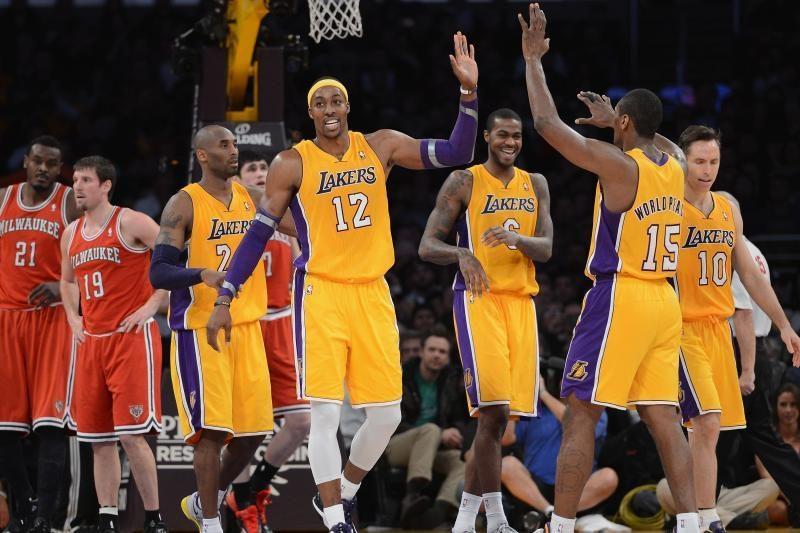 """Susigriebė: """"Lakers"""" į pergalę vedė K. Bryantas ir D. Howardas (top10)"""