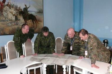 Lietuviai tikrins Baltarusijos kariuomenę