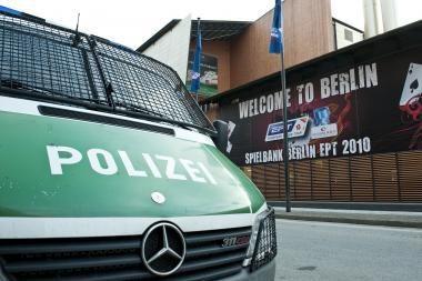 Plėšikai Berlyne įsiveržė į pokerio turnyrą ir pagrobė prizinį fondą