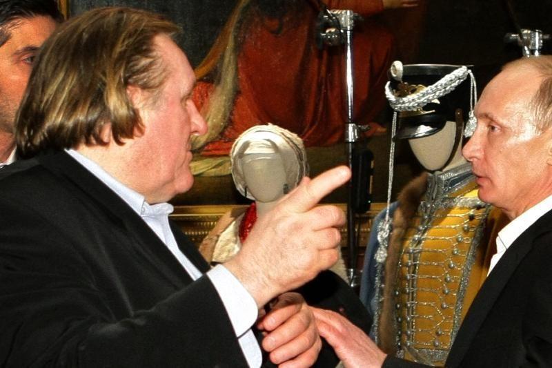 G. Depardieu atsiėmė Rusijos pasą (papildyta 18:17 val.)