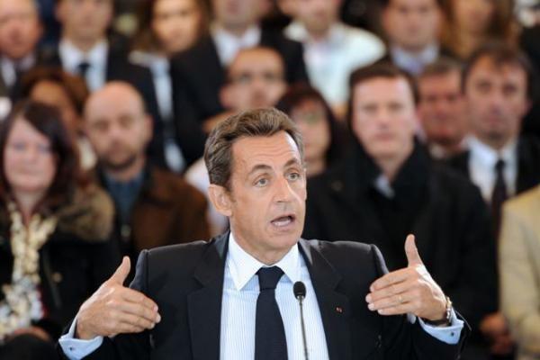 Prancūzija iki 2016-ųjų deficitą ketina sumažinti iki nulio