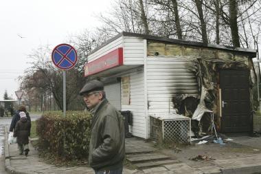 Kaune padegtas kebabais prekiavęs kioskas