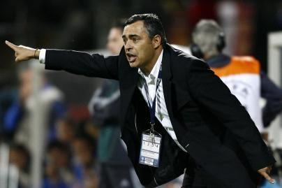 J.Couceiro laikinai lieka futbolo rinktinės treneriu (papildyta)