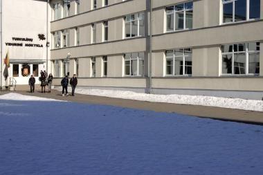 Tuskulėnų vidurinė mokykla piestu stoja prieš reformą
