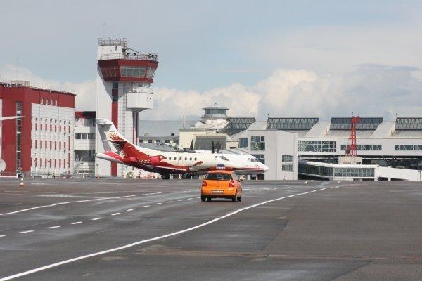 Vilniaus oro uostas su užsienio oro bendrove derasi dėl skrydžių bazės steigimo