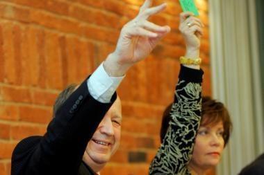 Premjeras tikisi valdančiųjų vienybės išsaugant A.Sekmoką ministro poste