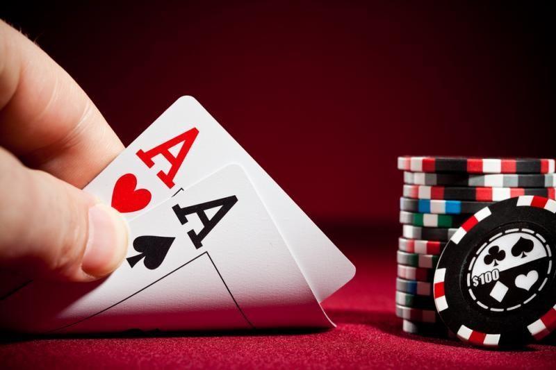 Žaidimas kortomis gali tapti ir darbu