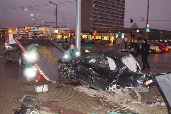 Per savaitę Lietuvos keliuose žuvo 3 žmonės