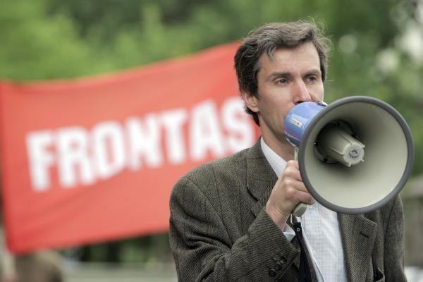 """Vilniaus savivaldybė įpareigota leisti """"Frontui"""" surengti mitingą"""