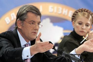 Ukrainos politikų kovoje – apklausos ir kontroversiški pasiūlymai